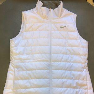 Nike Women's Golf Vest - Size Medium